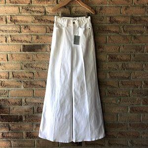 FRAME   White braided waistband bell botto…
